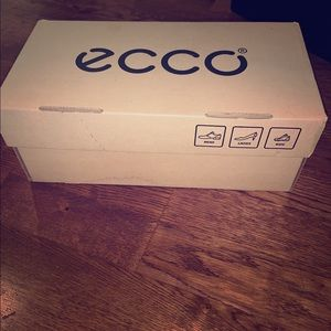 Ecco box